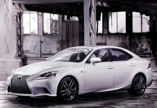 Lexus IS berline
