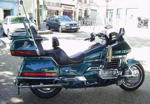 Sumer : l'ubérisation de la moto